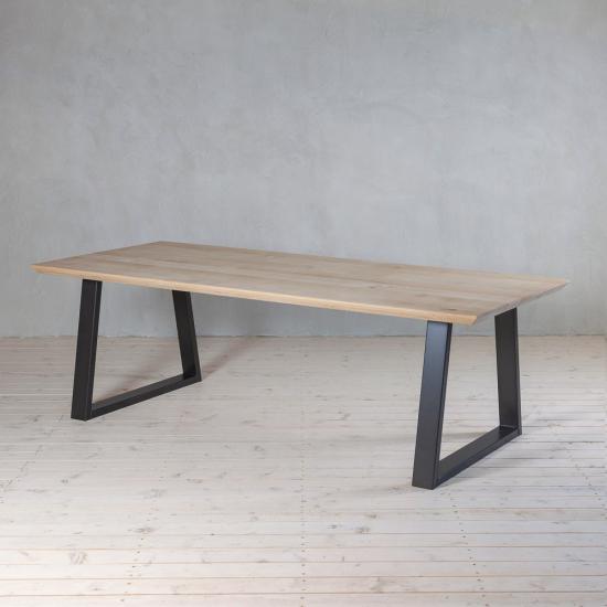 Tisch Eiche Schweiz