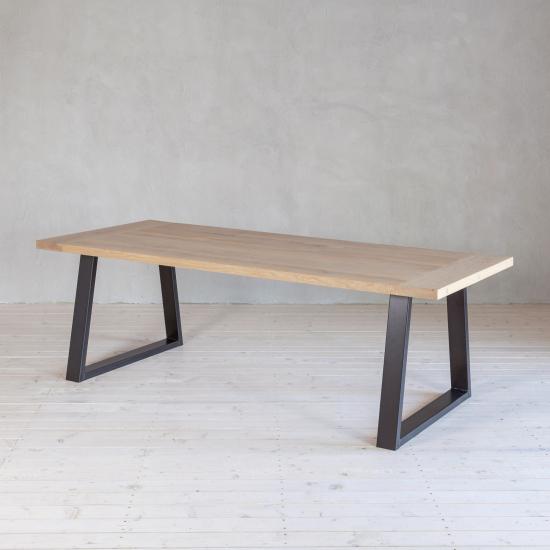 Wohnlust - Tisch Eiche inkl. Gestell Stahl Trapez Fine
